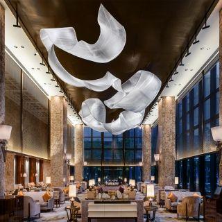 giant glass sculpture at Shangri La Midtown